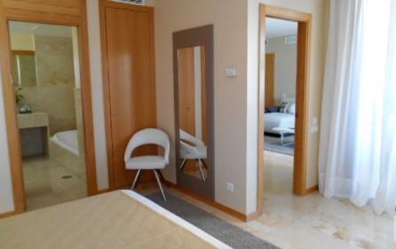 Sovrum 1 mot badrum