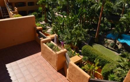Nedre terrass från takterrass