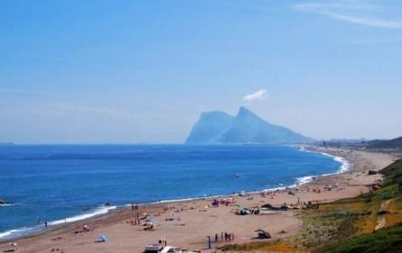 Strand mot Gibraltarklippan