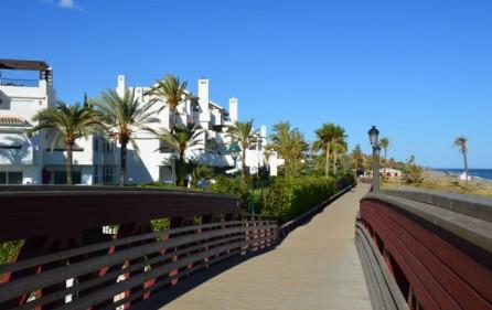 Strandpromenaden vid bostadsområdet