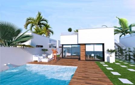 Villa med plats för egen pool
