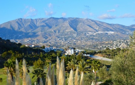 Fuengirola mot bergen i Mijas
