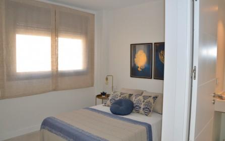 Sovrum 1 med eget badrum