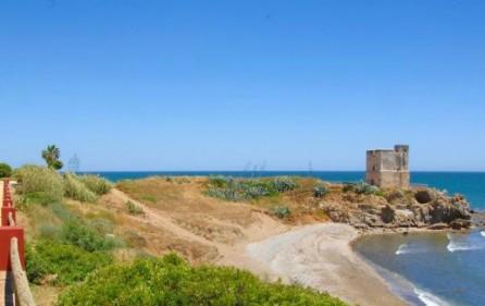 Strandvikar vid Torre Salto de la Mora