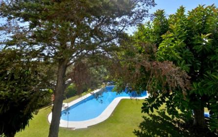 Utsikt mot poolområde