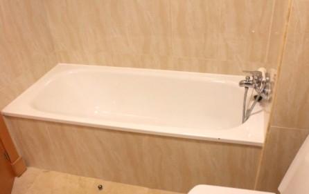Badkar i badrum