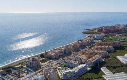 Bostadsområdet – bara 100 m till stranden