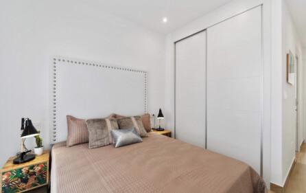 Garderober i sovrum 1